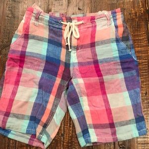 Old navy plaid shorts with drawstring